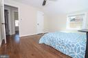 Airy and Bright bedroom - 5109 11TH ST S, ARLINGTON