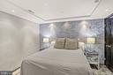 Bedroom w/Venetian plaster walls - 801 PENNSYLVANIA AVE NW #1026, WASHINGTON