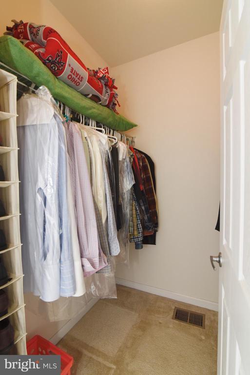 Walk-in Closet in Master Bedroom - 43415 MADISON RENEE TER #120, ASHBURN