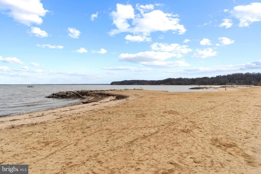 Walking Distance to Aquia Landing Park Beach - 94 CANTERBURY DR, STAFFORD