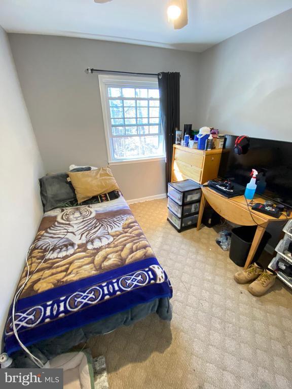 Upper Bedroom - 14823 MAIDSTONE CT, CENTREVILLE
