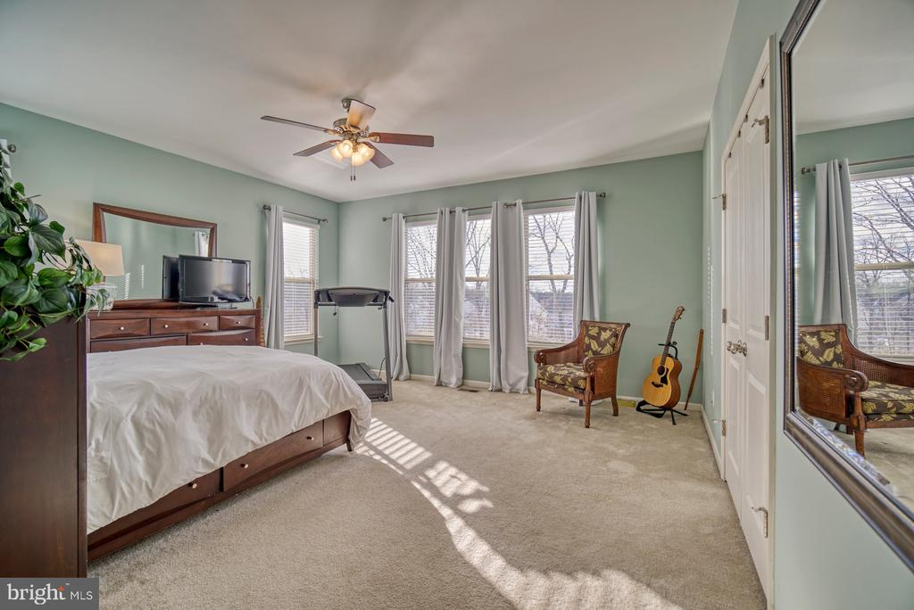 Gorgeous Primary Suite - 22908 BOLLINGER TER, ASHBURN