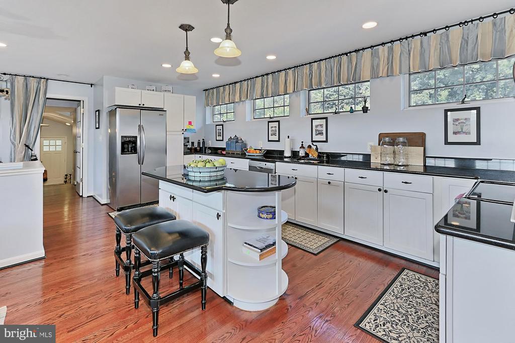 Kitchen #2 - 21281 BELLE GREY LN, UPPERVILLE