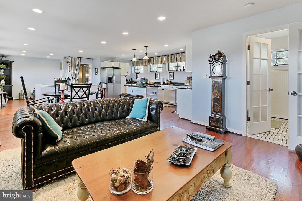 Living area #2 - 21281 BELLE GREY LN, UPPERVILLE