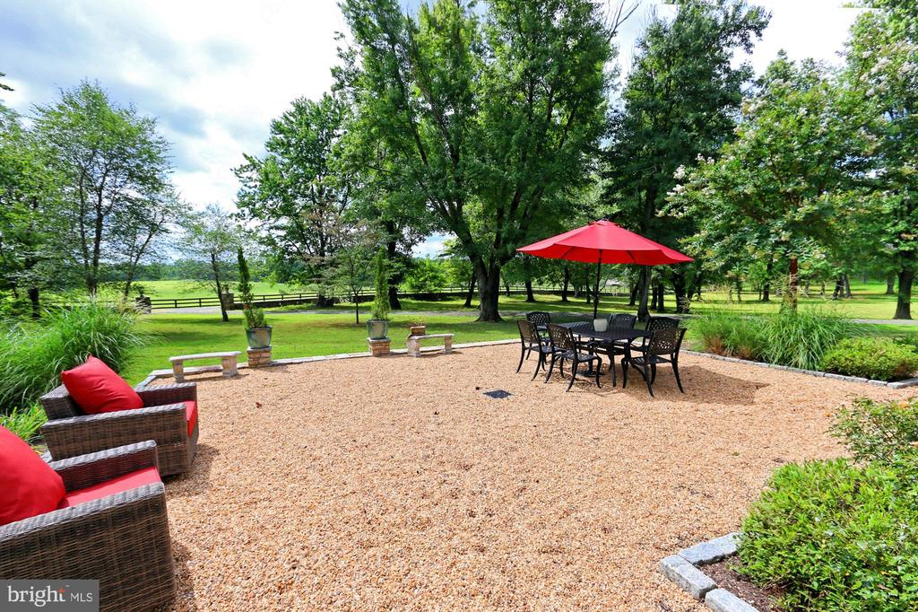 managers Home Patio - 21281 BELLE GREY LN, UPPERVILLE