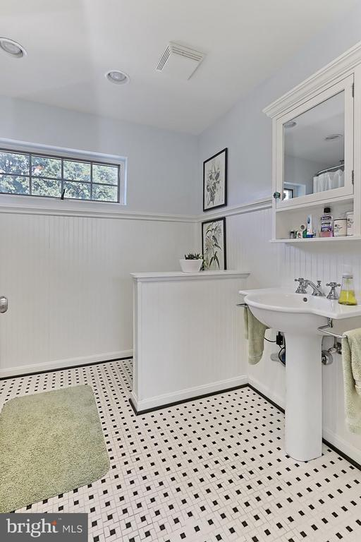 One of 2 Baths in Grooms Quarters above Main barn - 21281 BELLE GREY LN, UPPERVILLE
