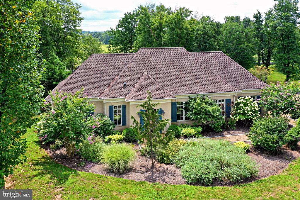 Managers Home with 2 care garage - 21281 BELLE GREY LN, UPPERVILLE