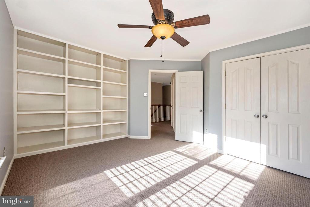 2nd Floor - Bedroom #3 - with built-in shelving - 6923 BARON CT, FREDERICK