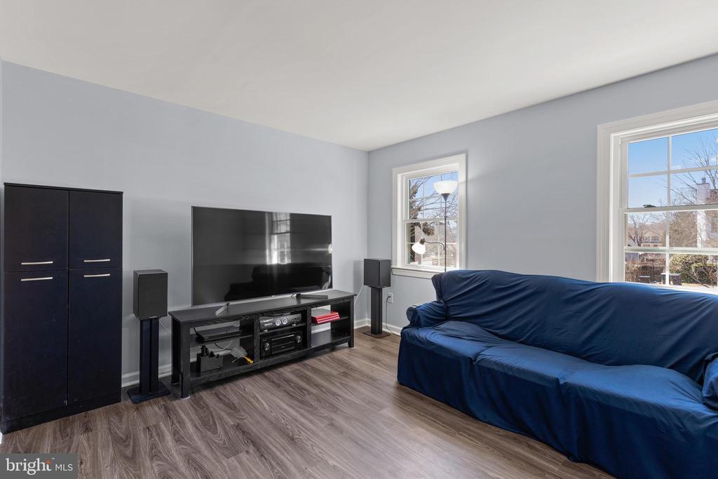 Living Room - 13509 PHOTO DR, WOODBRIDGE