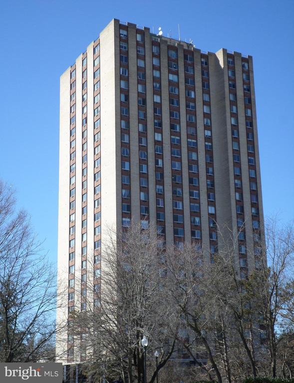 Washingtonian Tower - 9701 FIELDS RD #800, GAITHERSBURG