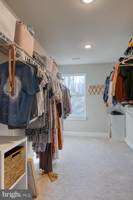 Walk-in primary closet - 151 WOOD LANDING RD, FREDERICKSBURG