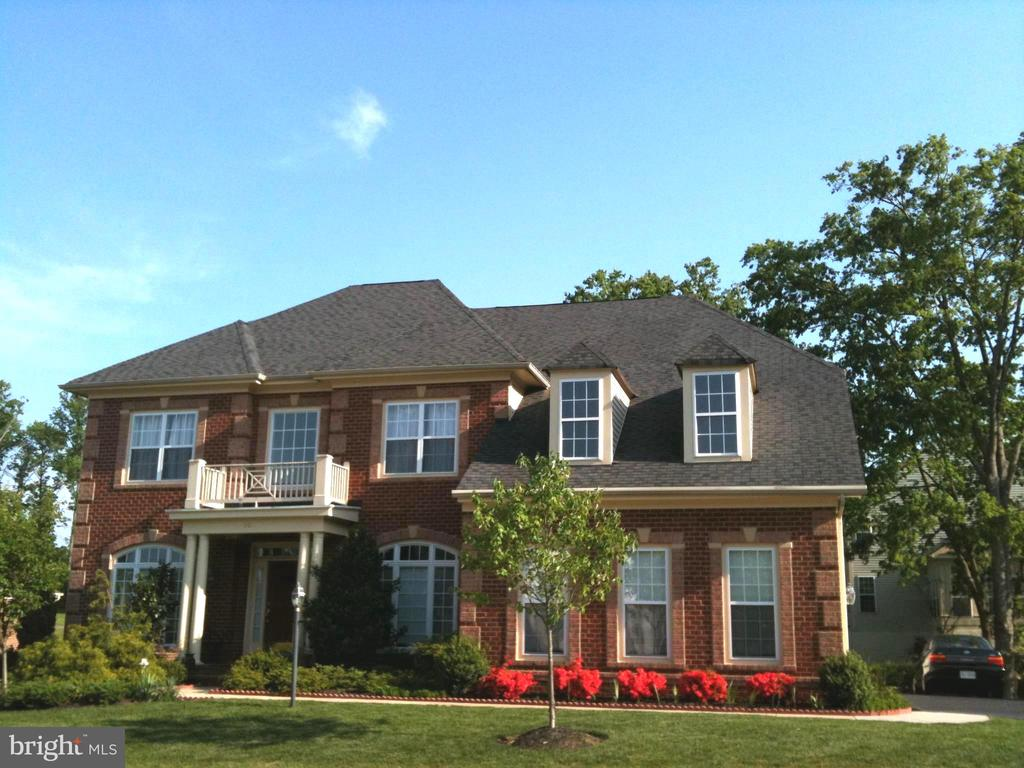 Front View - 201 GREENHOW CT SE, LEESBURG