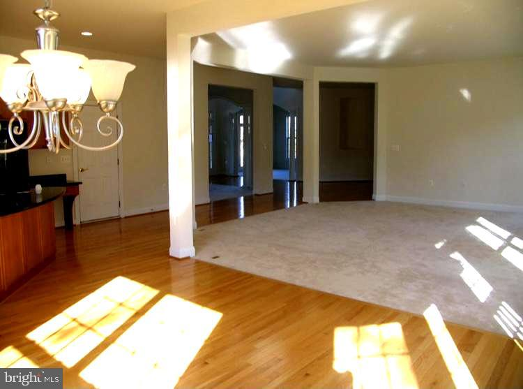 Inside View - 201 GREENHOW CT SE, LEESBURG