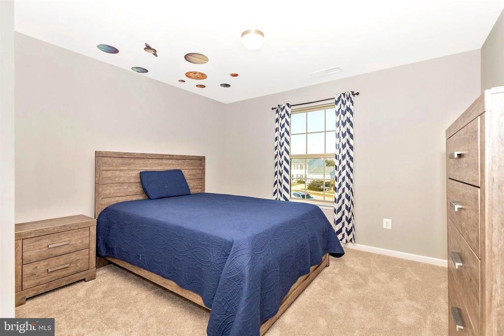 Bedroom 3 - 8714 PRESTON DR, FREDERICK
