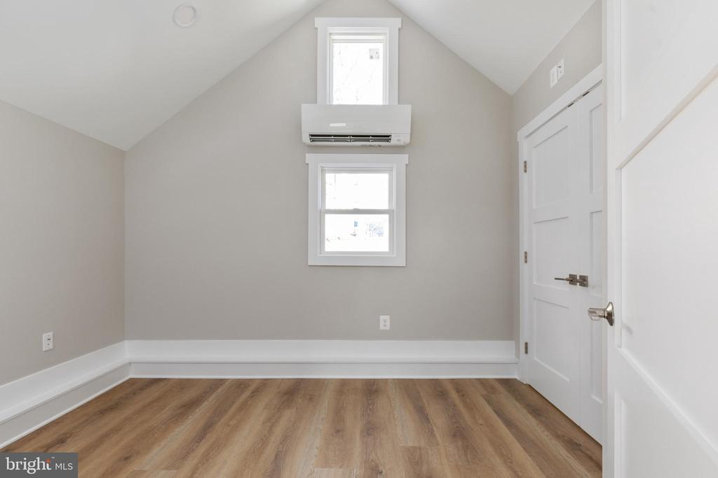 Bedroom #4 ML or Home office - 250 LOUDOUN ST SW, LEESBURG