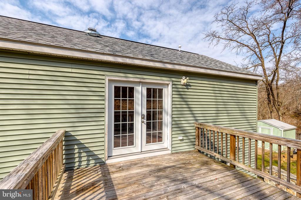 So you can relax directly outside your room - 9011 BACKLICK RD, FORT BELVOIR