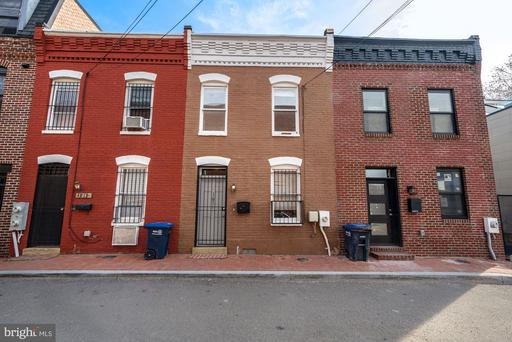 1911 9 1/2 ST NW