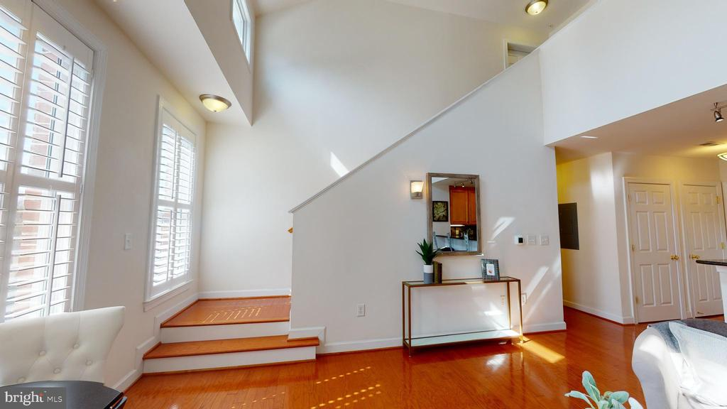 Beautiful lines in this sun filled space! - 35 E ALL SAINTS ST #319, FREDERICK