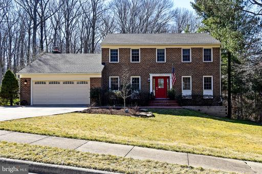 2805 MOUNT AIRY CT