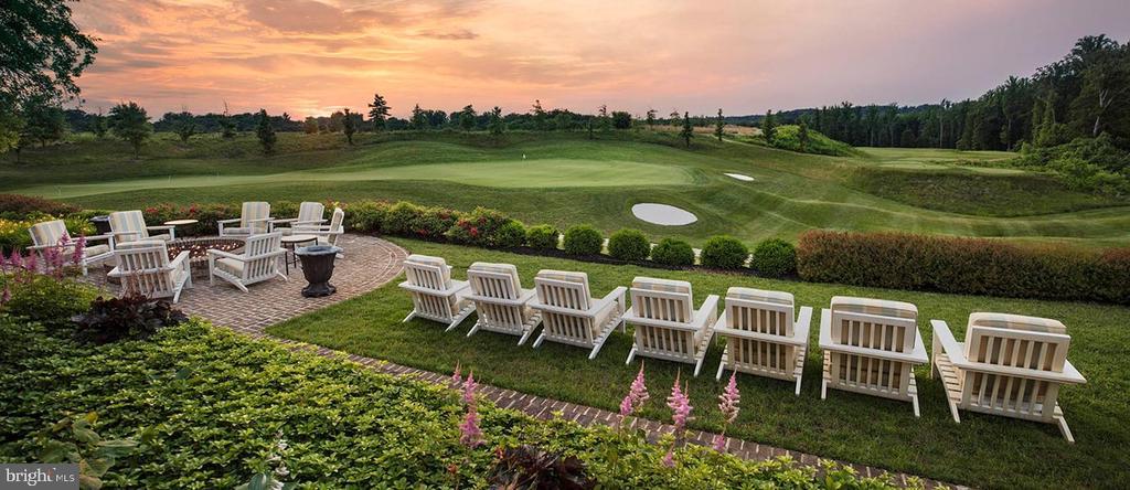 Potomac Shore Golf Clubhouse Views - 17243 MISS PACKARD CT, DUMFRIES