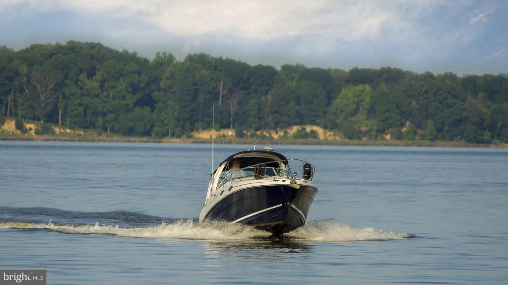 Welcome Boat Lovers ! - 17243 MISS PACKARD CT, DUMFRIES