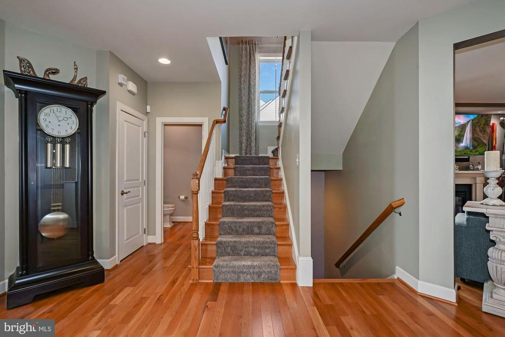 Stairs to Upper & Lower Levels - 22522 WILDERNESS ACRES CIR, LEESBURG