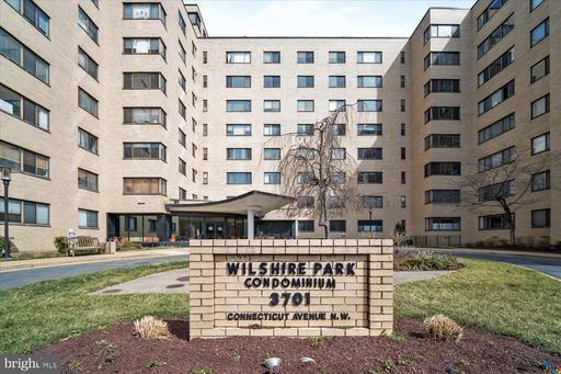 3701 CONNECTICUT AVE NW #218
