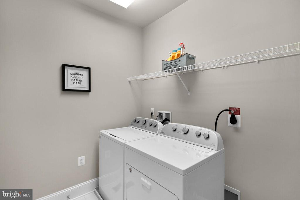 Laundry Suite with Sink, Level 3 - 20444 NORTHPARK DR, ASHBURN