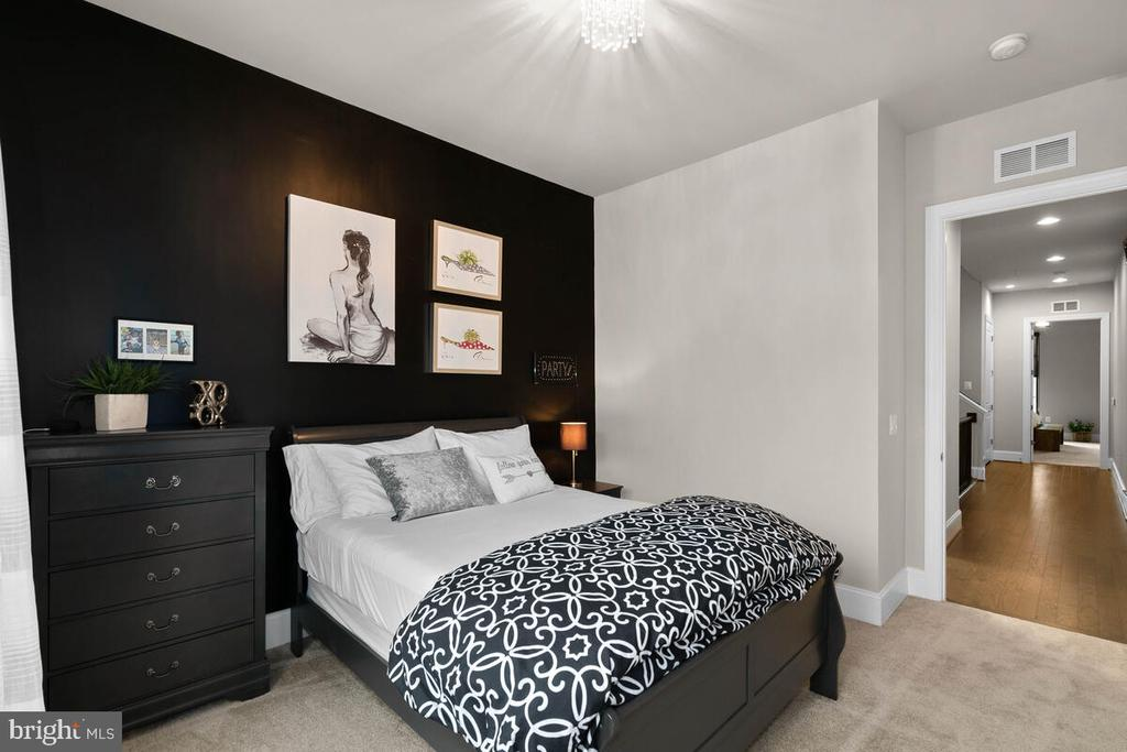 Bedroom #4, Level 3 - 20444 NORTHPARK DR, ASHBURN