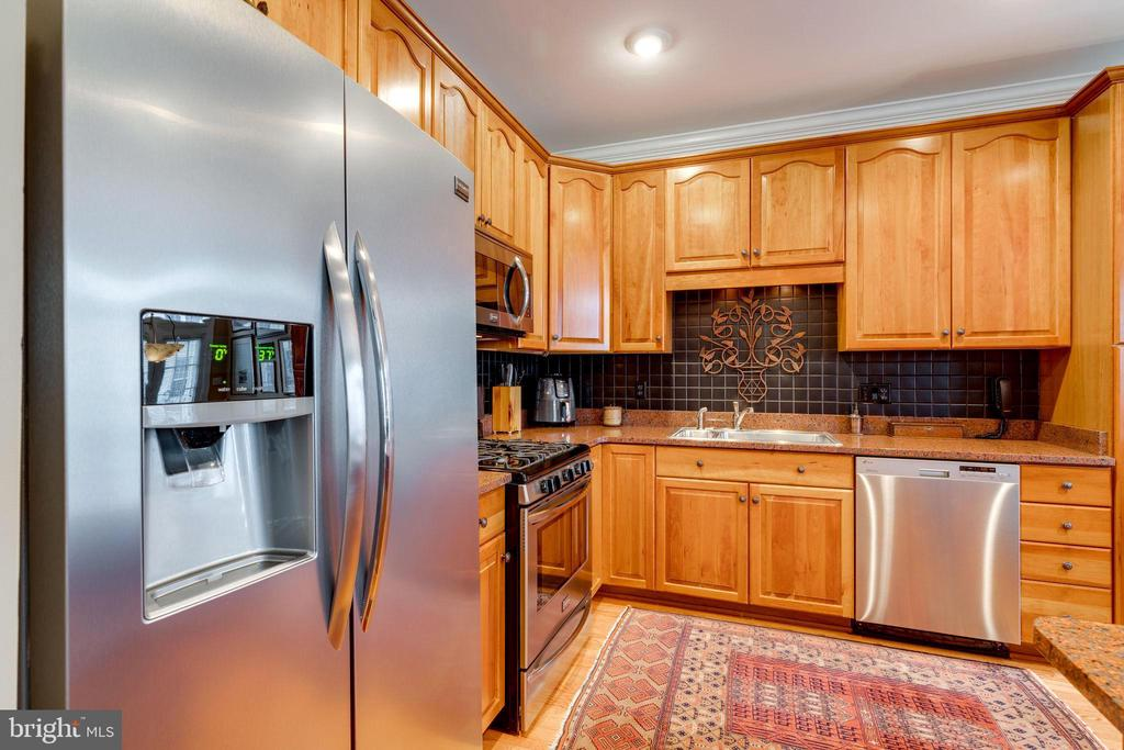 Kitchen  with Stainless Steel Appliances - 10502 CATESBY ROW, FAIRFAX
