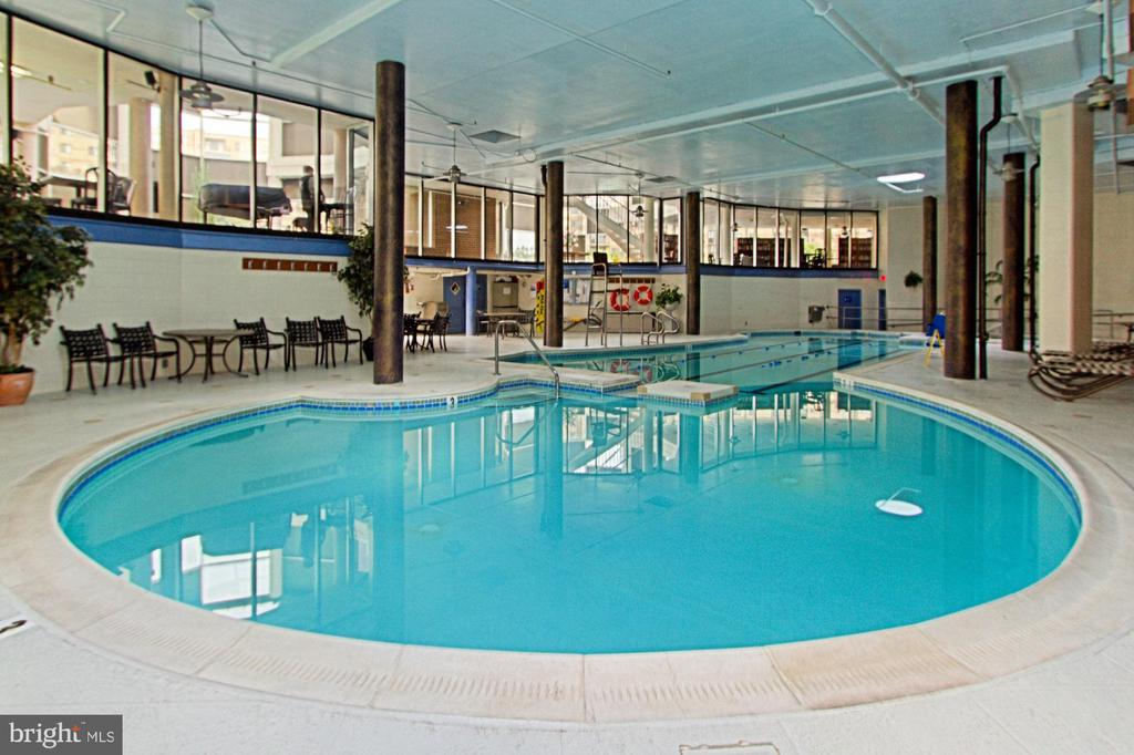 Indoor pool with lap lanes open year round. - 8380 GREENSBORO DR #1017, MCLEAN