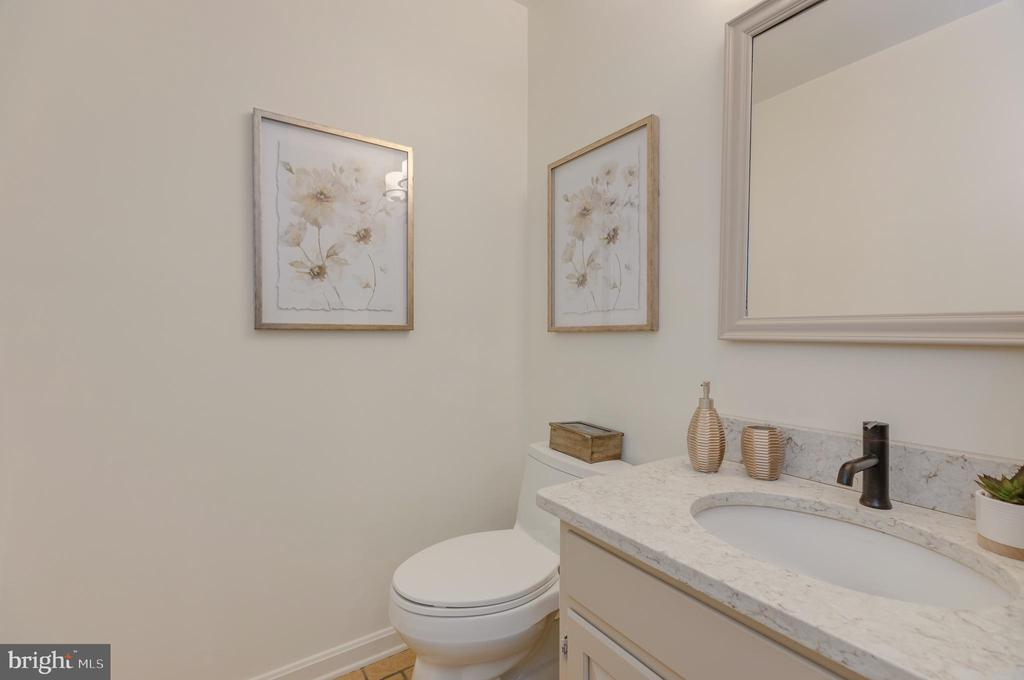 2nd floor 1/2 bathroom with granite counter - 4741 23RD ST N, ARLINGTON