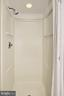 Walk-in shower. - 8380 GREENSBORO DR #1017, MCLEAN