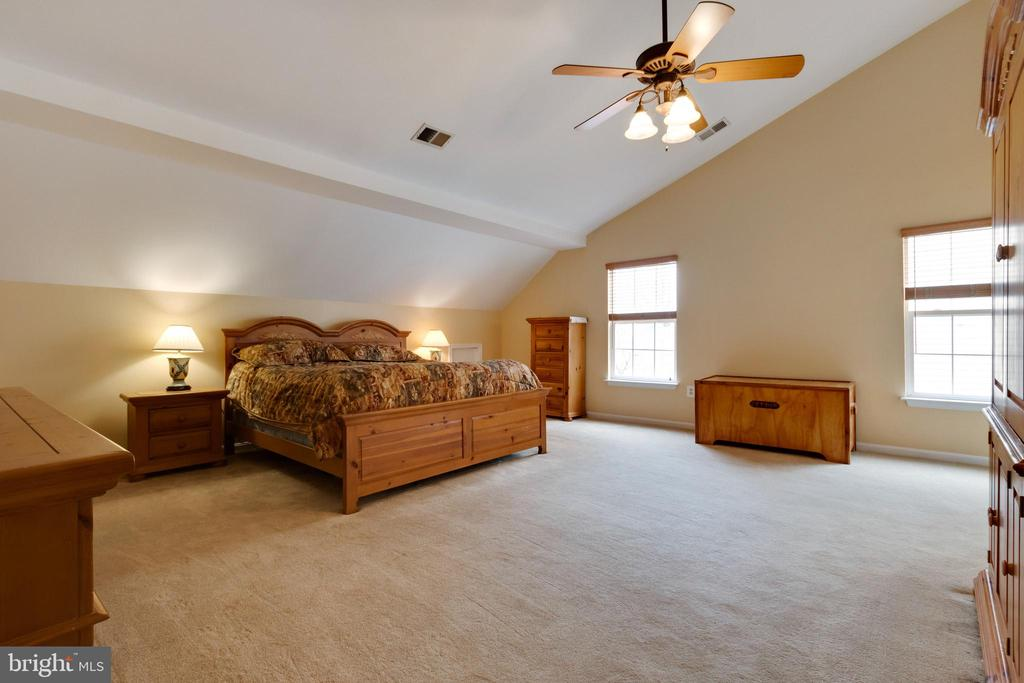 Primary bedroom - 15230 BOWMANS FOLLY DR, MANASSAS