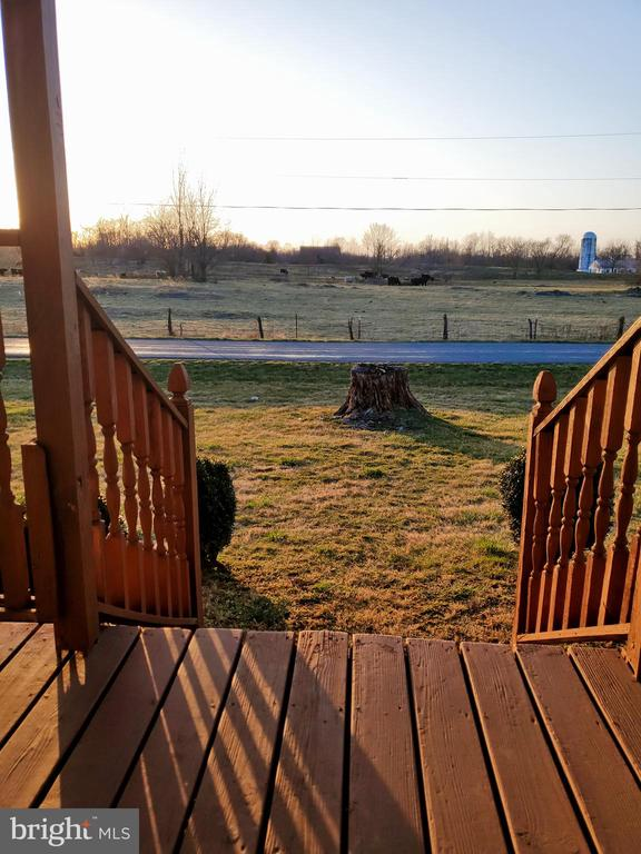 12 X 16 FRONT PORCH  COVERED DECK - 1700 KIMBLE RD, BERRYVILLE