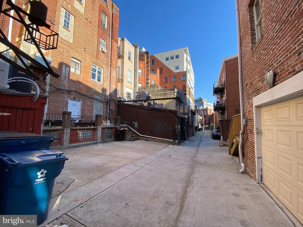 Alley view - South - 1734 CONNECTICUT AVE NW, WASHINGTON