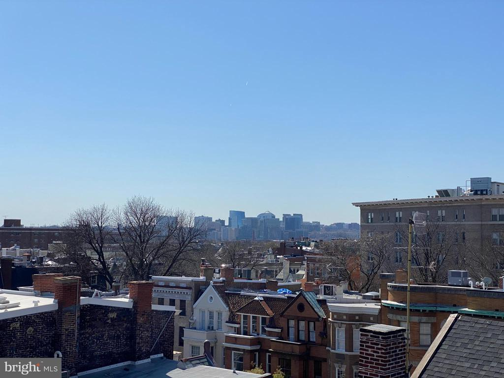 Roof view - Rosslyn skyline - 1734 CONNECTICUT AVE NW, WASHINGTON