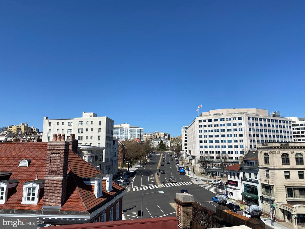 Roof view - North up Conn Ave - 1734 CONNECTICUT AVE NW, WASHINGTON