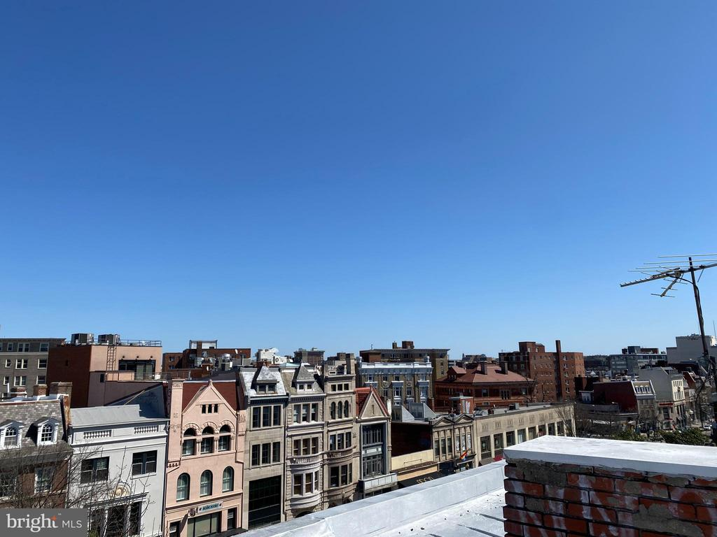 Roof view - SE - 1734 CONNECTICUT AVE NW, WASHINGTON