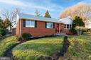 Newer roof, new shutters & fresh landscaping - 604 N LATHAM ST, ALEXANDRIA