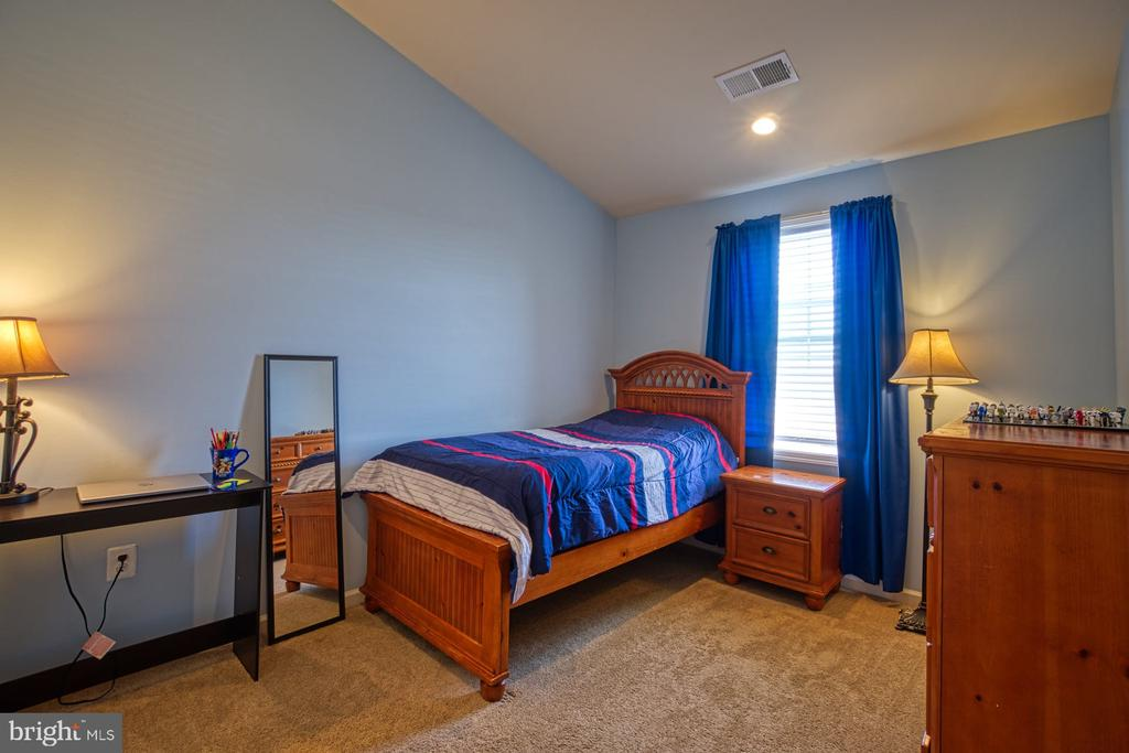 Light Filled Second Bedroom - 23399 CARTERS MEADOW TER, ASHBURN