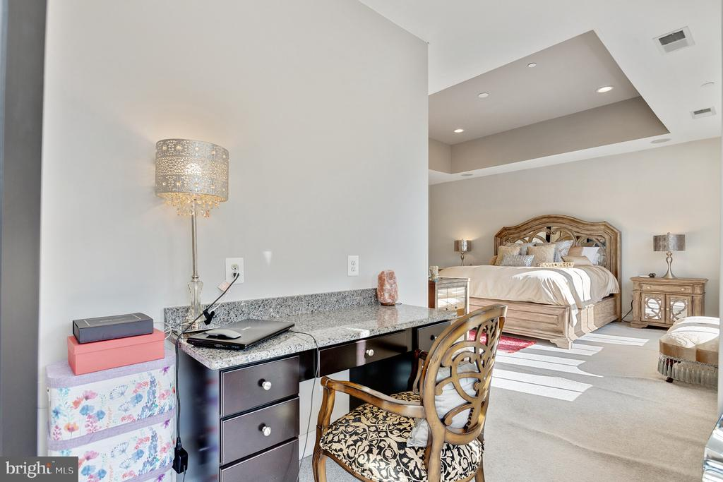 built-in desk and look at tray ceiling in owner's - 312 GOODALL ST, GAITHERSBURG