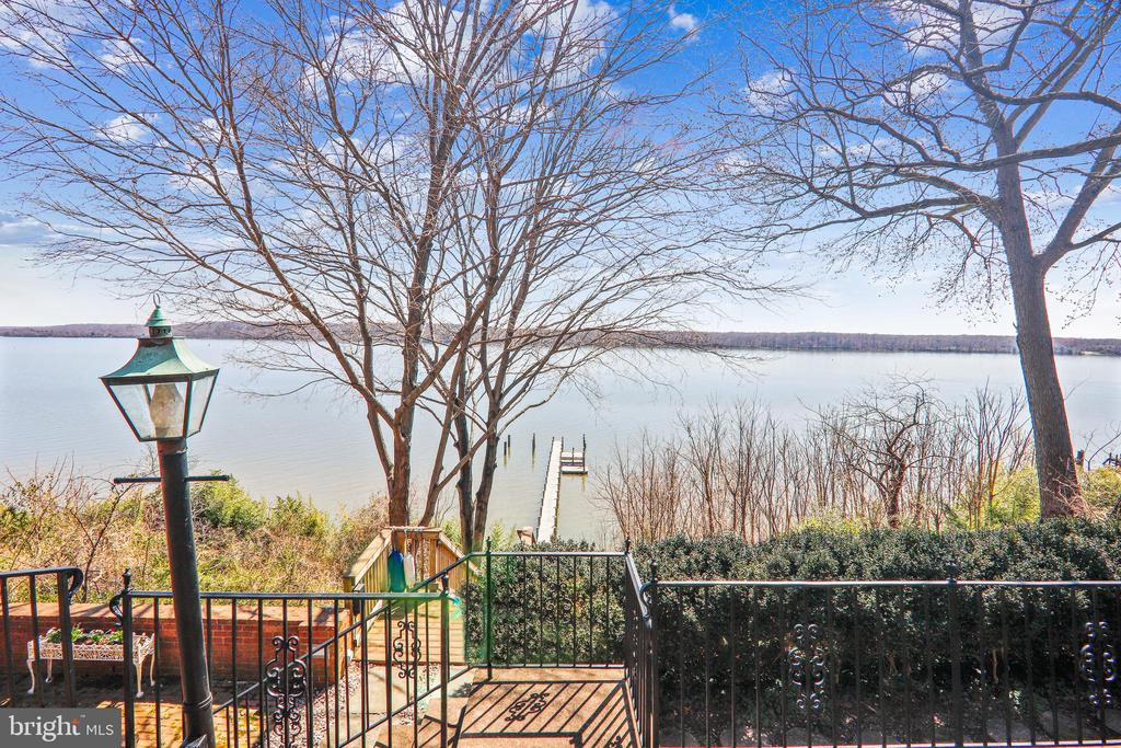 Gorgeous and unobstructed Potomac River views - 3903 BELLE RIVE TER, ALEXANDRIA