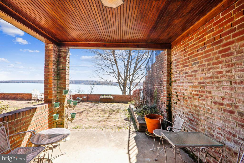 Lower level walk out to covered patio - 3903 BELLE RIVE TER, ALEXANDRIA