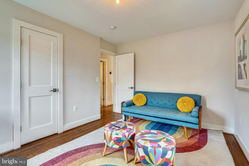 Main level bedroom - 1605 BALTIMORE RD, ALEXANDRIA
