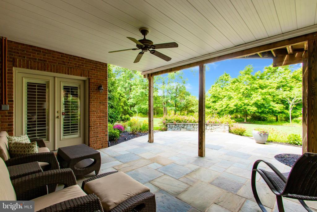 Waterproof Ceiling Allows for Dry Patio - 23037 OLYMPIA DR, BRAMBLETON