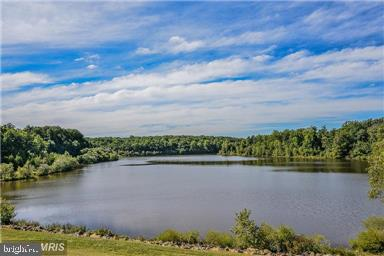 Walking distance to scenic Lake Mercer park - 7839 VALLEYFIELD DR, SPRINGFIELD