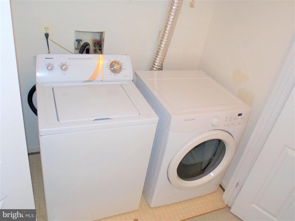 Washer Dryer - 123 GRETNA GREEN CT, ALEXANDRIA