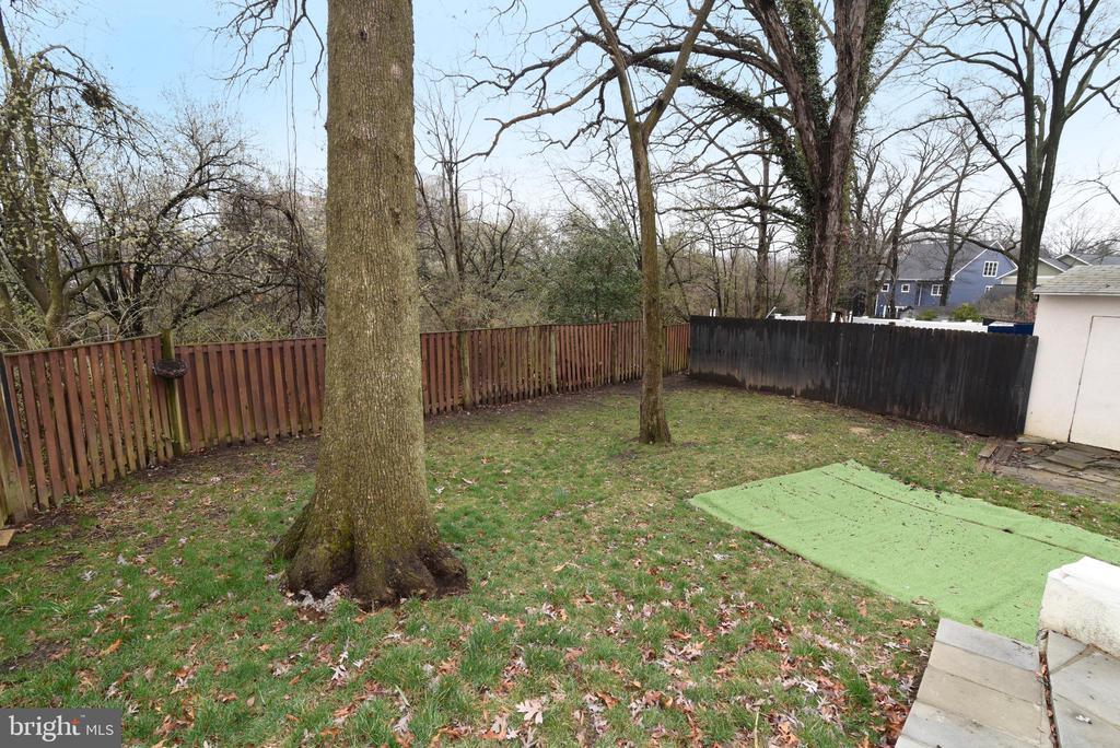 Fenced Backyard - 4624 13TH ST N, ARLINGTON