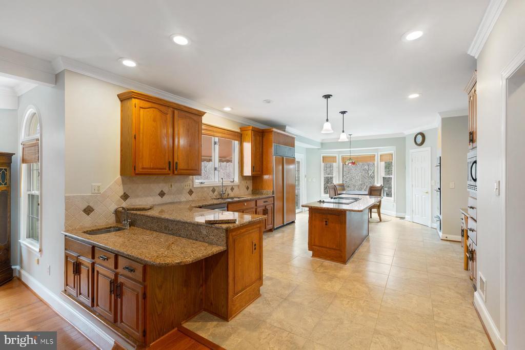 Kitchen - 5722 WINDSOR GATE LN, FAIRFAX